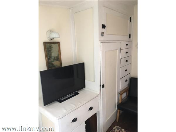antique built ins in back bedroom