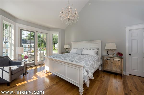 Bedroom #1 - Master Suite, Vaulted Ceiling, Fireplace, Full Bath. First Floor