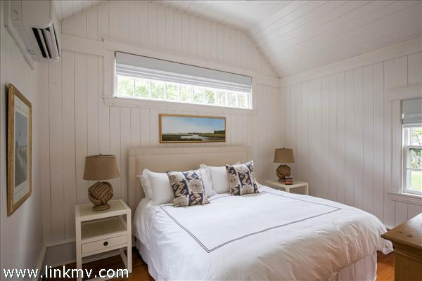Bedroom in detached guest quarters