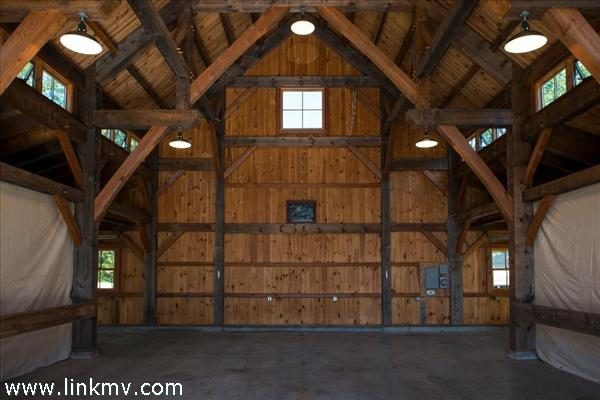 Barn from front