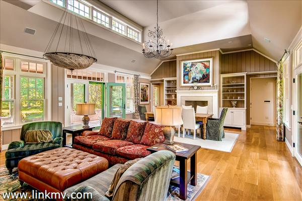 Large vaulted great room
