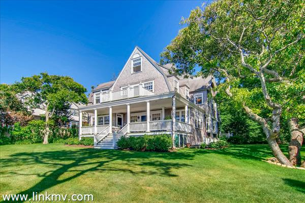 1153 Main Street Vineyard Haven, MA 02568