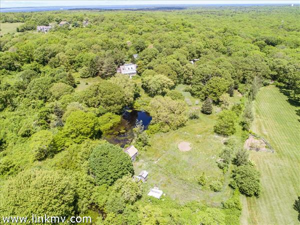18 Solviva Road, West Tisbury MA 02575