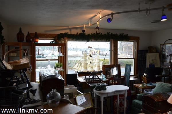 front room overlooking the harbor