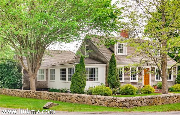 Charming Edgartown Home - front view