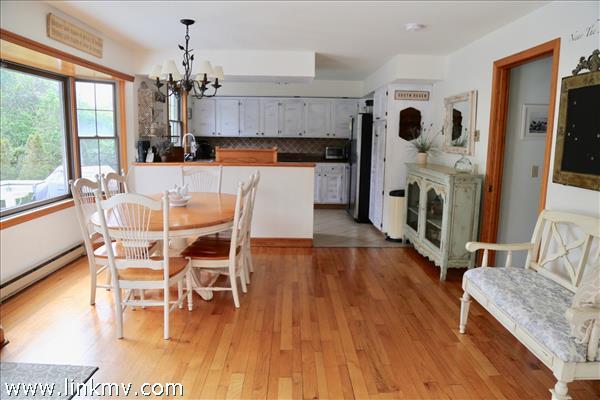 Large, bright kitchen.