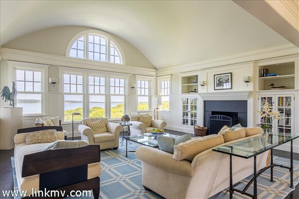 The interior of the home takes full advantage of the water views.